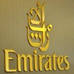 Logo Emirates na palube Boeingu 777-300ER