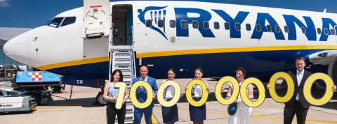 Pasažier číslo 10.000.000 na lete Ryanairu z Bratislavy