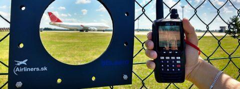 Monitorovanie apočúvanie leteckých frekvencií