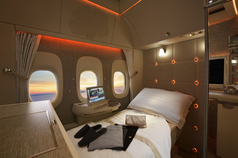 Full-flat sedadlo v kabíne prvej triedy Emirates