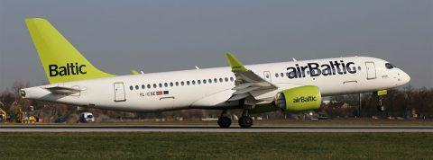 Airbus A220 na pravidelnej linke Air Baltic z Rigy do Prahy
