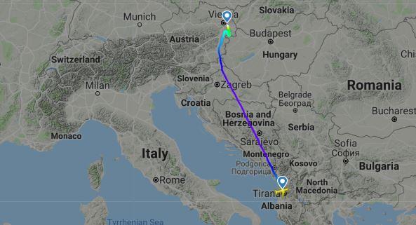 Let OE-LBY z Tirany do Viedne(c)fr24.com