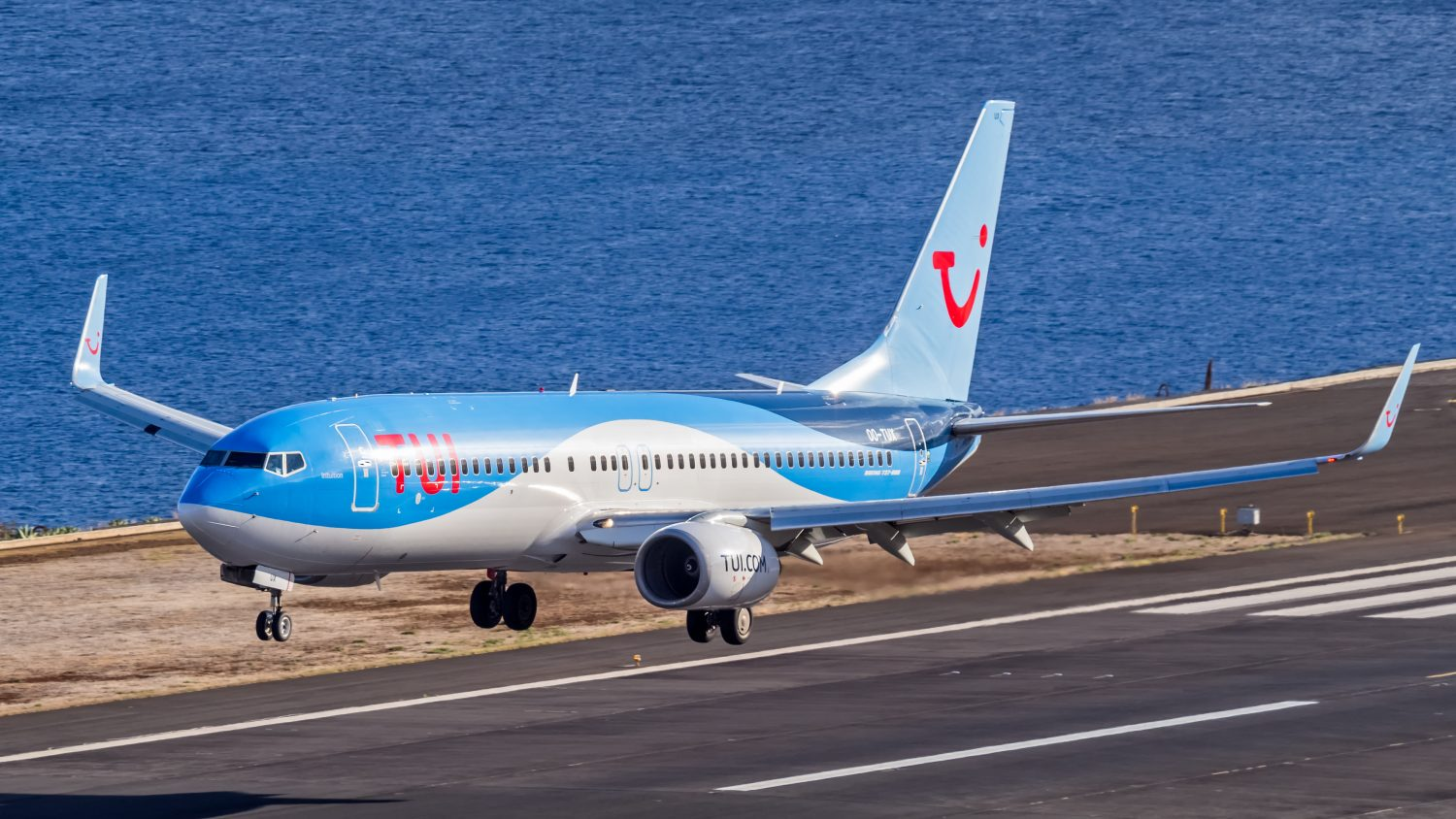 Boeing 737-800 TUI (photo from cafe)