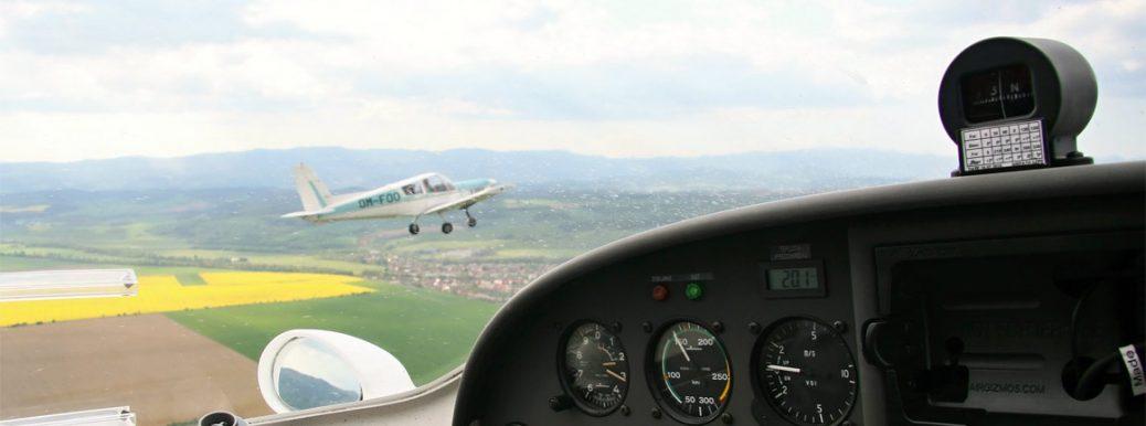 Letecká komunikácia