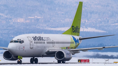 Boeing 737-500 airBaltic