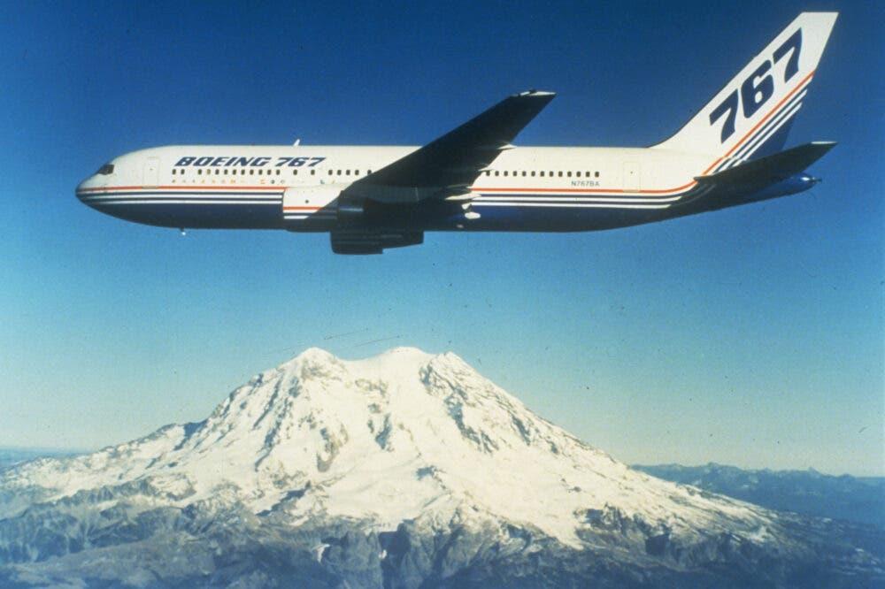 Boeing 767-200 (c)boeing.com